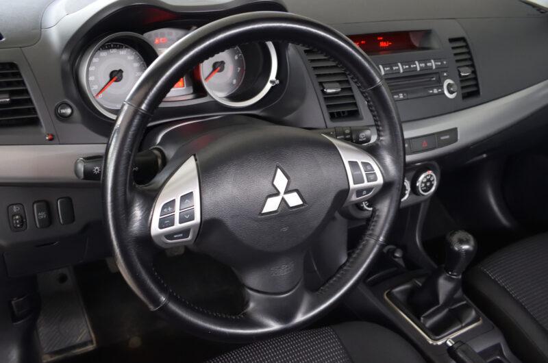 Mitsubishi Lancer IX 1.8 benzyna 143Km czarny 2010 Polska VAT23 MN